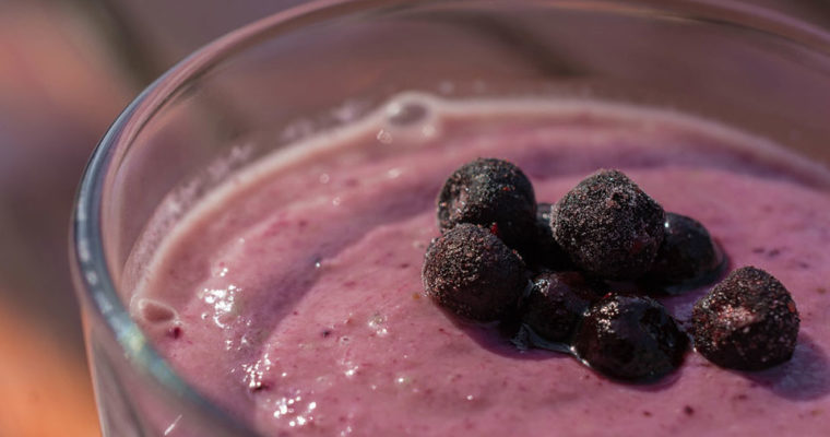 WILD BLUEBERRY DETOX SMOOTHIE